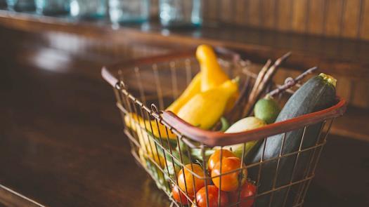 不是所有食物都適合住冰箱!20種冰了會後悔的蔬菜水果