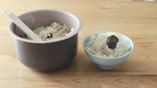 入秋暖胃米食  香菇雞肉炊飯